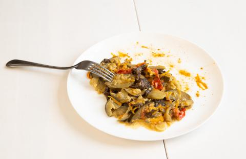 Рецепты осени. Овощное рагу с опятами