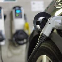 На всех АЗС России появятся зарядки для электромобилей