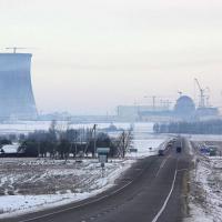 Диаспора собирает подписи против АЭС, но власти в этом видят заговор
