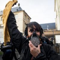 Уличный протест во французском Руане. При чем тут завод в Светлогорске?