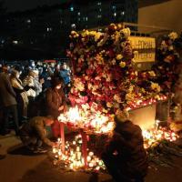 «Герой новой Беларуси». Ночь прощания с Романом Бондаренко прошла на площади Перемен