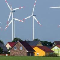 Карантин и погода помогли увеличить добычу зеленой энергии в Европе