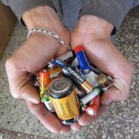 Куда сдать отработанные батарейки?