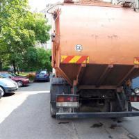 Герои протеста: в Заславле мусоровоз ездил по улицам и сигналил
