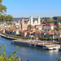 Дунай не пускает туристов