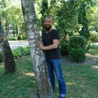 Алексей Купряков: «Для свободы мне нужны дом, ореховый сад, корова…»