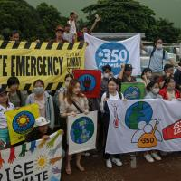 Ученые: климатические бунты убедят политиков спасти планету