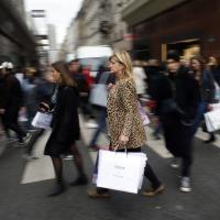 Во Франции компаниям запретили выбрасывать нераспроданные товары