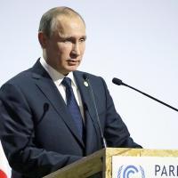 Заявления Путина в Париже назвали PR-трюком, имеющим мало общего с реальностью