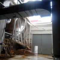 В одном из цехов Светлогорского завода беленой целлюлозы обвалилась часть крыши. Комбинат все отрицает