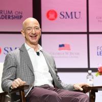 Владелец Amazon пожертвует 10 миллиардов долларов на борьбу с изменением климата