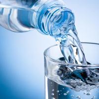 После аварии на водопроводе остаются вопросы к качеству воды в трех районах столицы
