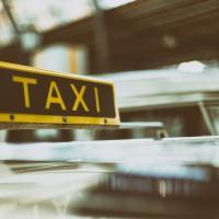 Новое такси в столице: заберут мусор и заплатят деньги