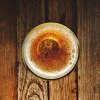 Немецкая пивоварня бесплатно раздала 2 600 литров пива, потому что не смогла продать