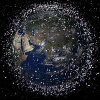 Орбита захоронения: почему над Землей летают тысячи никому не нужных спутников