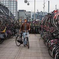 Как и где парковаться велосипедистам?