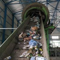 Тротуарная плитка из пластика. Как в Винницкой области решают проблему мусора