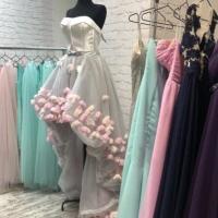 Финские ученые заявили, что брать одежду в аренду менее экологично, чем выбрасывать ее