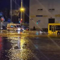 Авария на водопроводе. Жители сразу нескольких районов Минска остались без воды (ОБНОВЛЯЕТСЯ)
