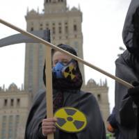 Анархисты в Варшаве напомнили о катастрофе на Чернобыльской АЭС (видео)