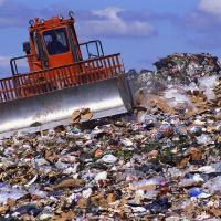 Физлиц могут обязать заключать договоры на вывоз мусора