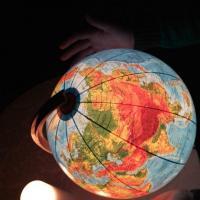 Отключились! Как прошел Час Земли в Минске и мире (много фото и видео)