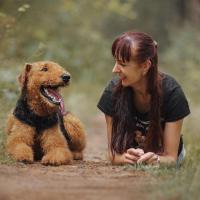«В 90% случаев проблемы поведения связаны с низким благополучием животного». Интервью с зоопсихологом