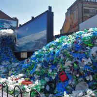 Загрязнение морей пластиком обходится человечеству в $2,5 трлн