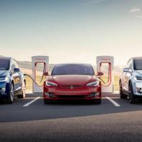 Посол в Нидерландах: Мы обсуждаем с Tesla развитие в Беларуси суперэлектрозаправок