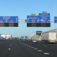 Скорость на трассах в Нидерландах резко снизят во имя экологии