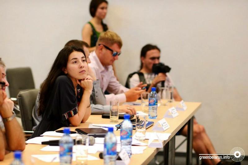 Анора Лангар в жюри на питчинге