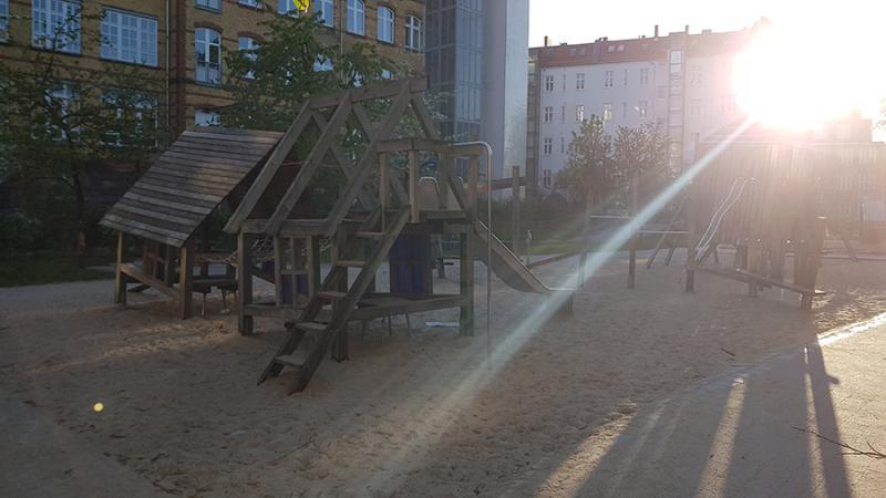 Детская площадка в Берлине