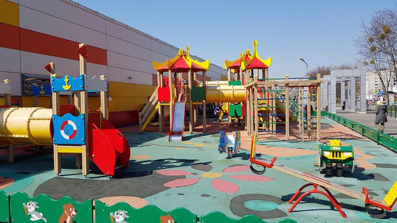 Неправильная детская площадка