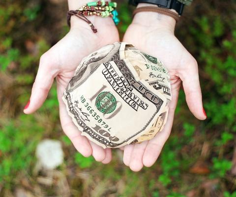 Как получить деньги законно? Рассказывает юрист для общественных инициатив