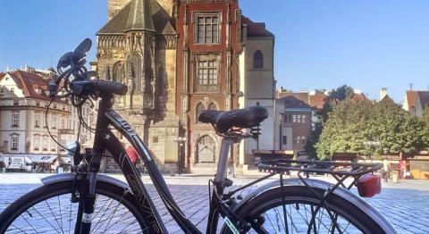 Колесо раздора. В Праге ограничат велодвижение на исторических площадях и улицах