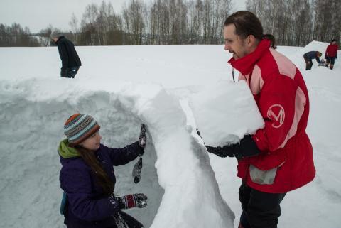 Иглуфест. Построить дом из снега