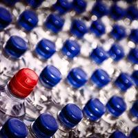 Почему нужно отказаться от бутилированной воды