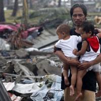 Крупнейшая эвакуация в мирное время и международные переговоры по климату