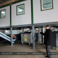 В Щучине в бывшем хранилище военной техники открывают мусоросортировочную линию
