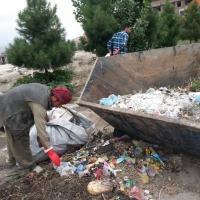 Вместо военных атак в Афганистане убрали мусор