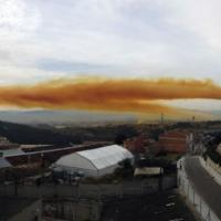 Взрыв на химзаводе в Каталонии - три человека госпитализированы, город накрыло токсичное облако