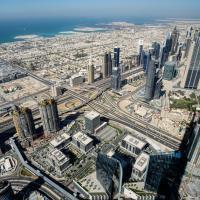 Контраст подходов к «умному городу»: Дубай против Вены