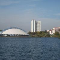 Обсуждение здания на Сторожевской: «Река у нас превратится в ручей между стенами»