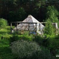Пермакультура на даче: как построить самоочищающийся пруд и превратить теплицу в место для отдыха