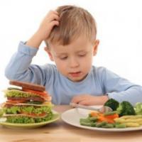 Советы диетолога: Как научить детей питаться правильно?