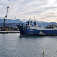 В Туапсе введен режим ЧС в связи с попаданием нефти из трубопровода в Черное море