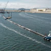 Стартап Ocean Cleanup запустил первые плавучие барьеры для сбора мусора в Тихом океане
