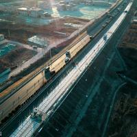 Крупнейшая в мире фотоэлектрическая автомагистраль открывается в Китае