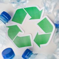 Биопластик из метана: технология, которая избавит человечество от опасных отходов