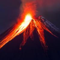Предвестники апокалипсиса. Пять видео с наиболее активными вулканами Земли